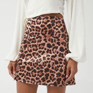 UO Printed Satin Notched Mini Skirt